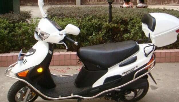 铃木海王星AN125 摩托车报价 踏板摩托车