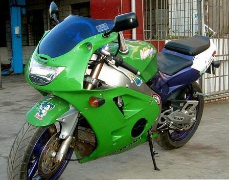 幸福250摩托车 雅马哈250cc 最便宜的摩托车跑车