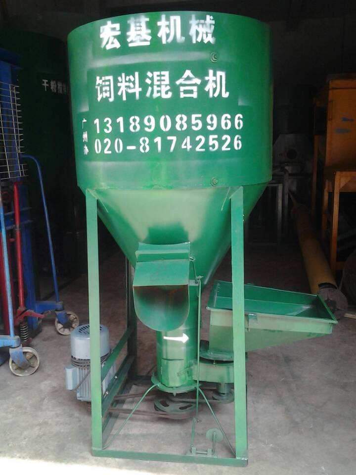 立式饲料搅拌机,广东广州单相电饲料搅拌机图片