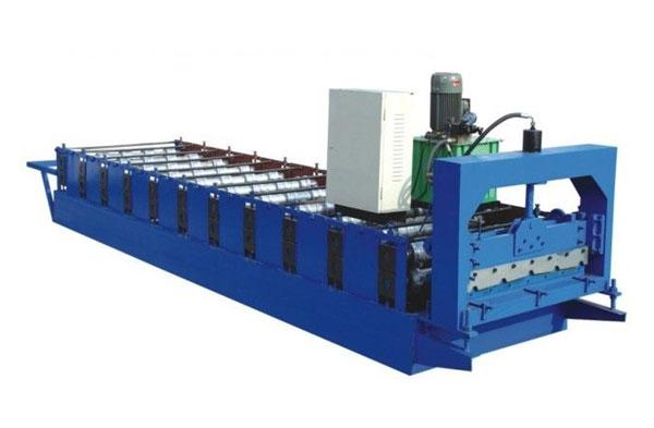 900型彩钢压瓦机
