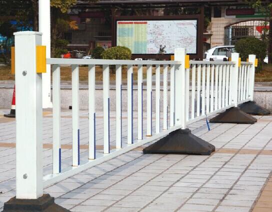 南宁道路护栏,交通隔离栏红昌供货商