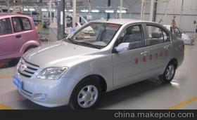 迪耐特油电混合电动汽车 老年休闲代步车 电动轿车配件