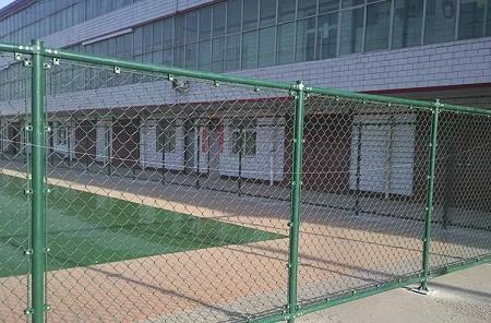 组装式篮球场网球场羽毛球场勾花包塑围隔离网