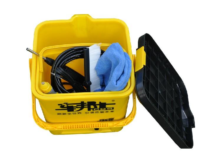微型电动洗车器 简易洗车器_车邦士获喷雾式清洗刷专利