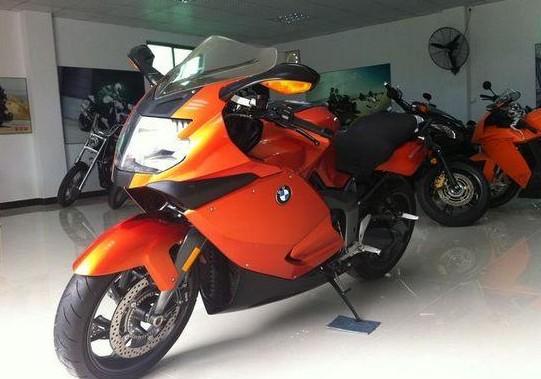 宝马摩托车跑车价格