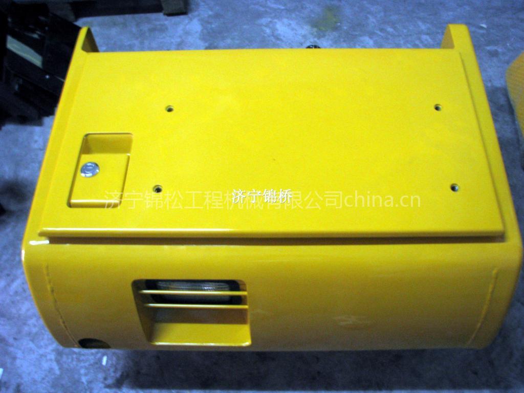 小松挖掘机配件PC200-7电瓶箱总成