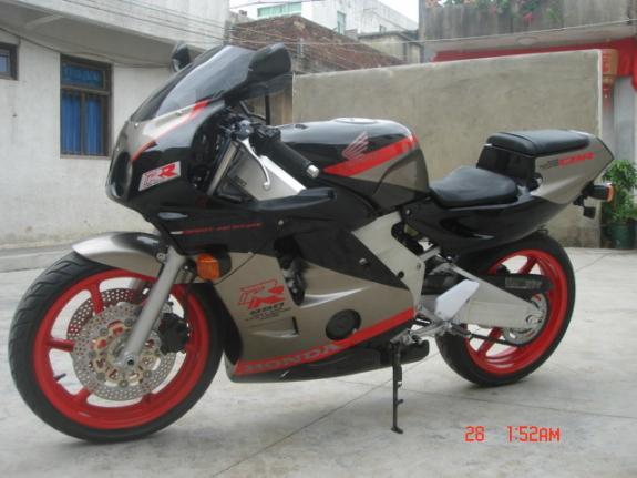 亏本出售进口本田CBR250RR摩托车跑车