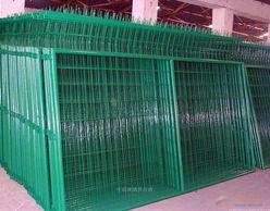 供应内蒙古鄂尔多斯市大型场地隔离网 花园防护网 圈地网
