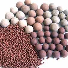 淄博远红外陶瓷球,广东电气石滤料球,水处理麦饭石矿化球