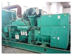 二手柴油发电机550KW康明斯柴油发电机租售