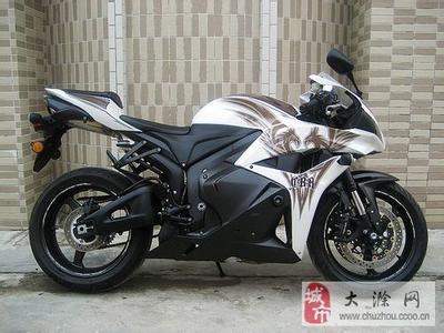 出售本田CBR600RR美版摩托车