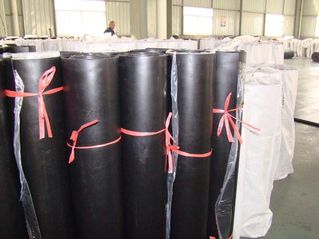 新配方 工业耐油橡胶板 油性车间铺地专用 可冲制密封圈