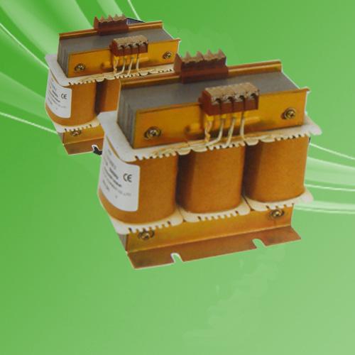 试验变压器电源三相四相线380V,三相试验变压器电压:127V(