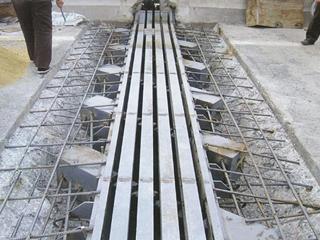 SGF120桥梁伸缩缝中埋式钢边橡胶止水带 右斜充气芯模