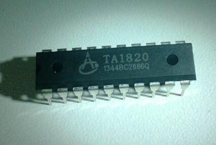 显示器)驱动控制专用电路,内部集成有mcu 数字接口,数据锁存器,led
