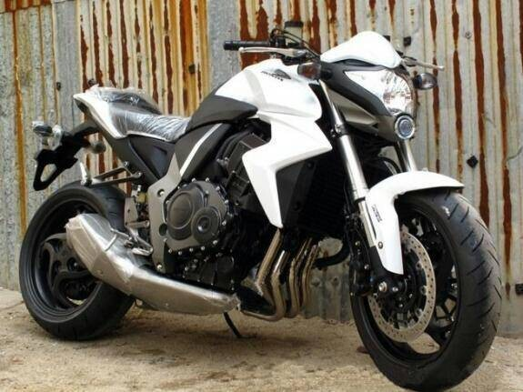 供应公路赛车本田大黄蜂CB1000R摩托车价格