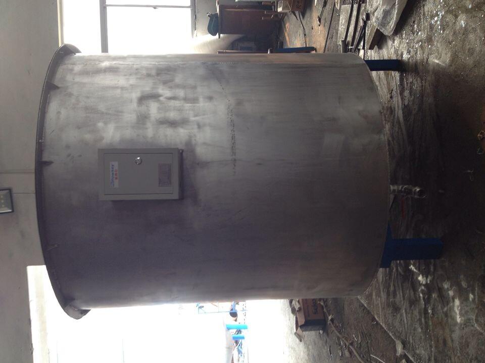 供应优质常压密闭浮顶水箱