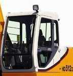 加藤512挖掘机驾驶室