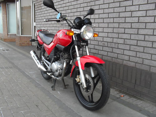 雅马哈摩托车天剑YBR125进口跑车