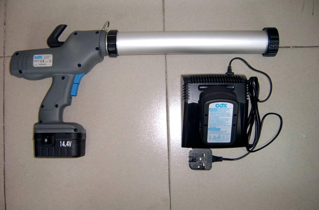 腾创专业供应优质电动打胶枪配便携式工具箱