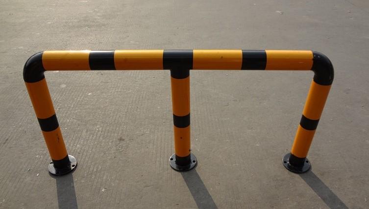 U型护栏常用优质钢管隔离护栏车位挡车杆规格
