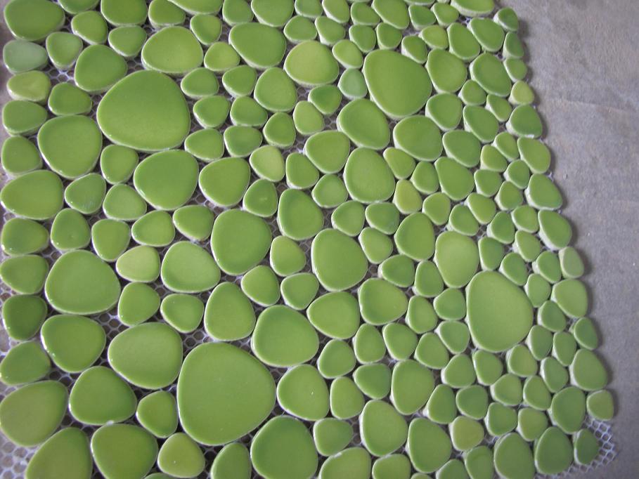草绿色鹅卵石马赛克 园林花带围墙铺贴马赛克