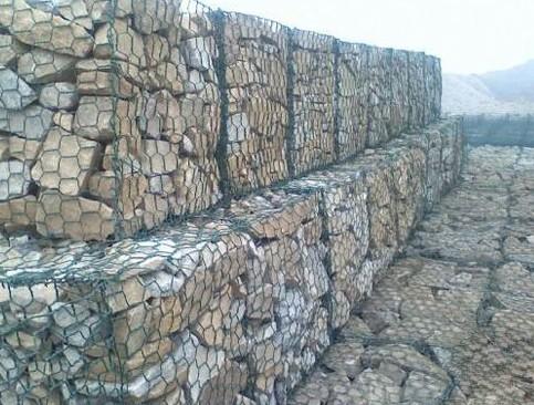 保护河床格宾石笼网