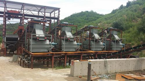 专业生产高效率强磁铁矿磁选设备