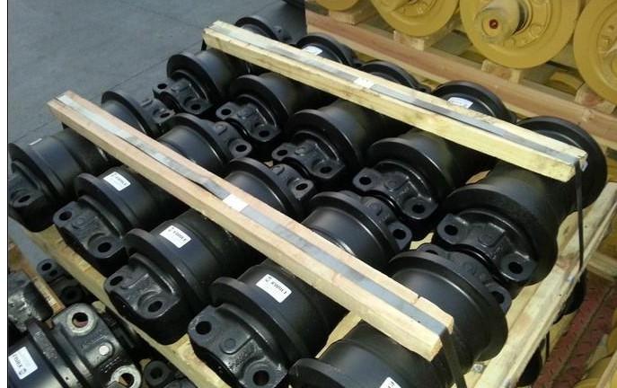 小松PC300 pc400支重轮,拖轮,驱动轮,引导轮,涨紧总成