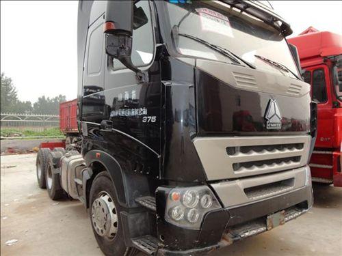 二手牵引车头厂家直销豪沃A7重汽380马力货车