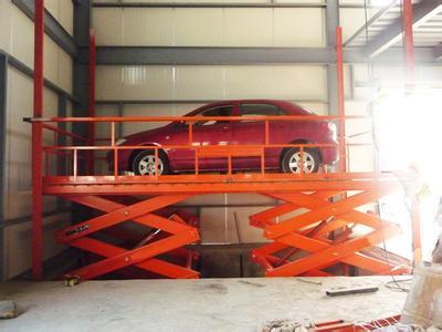 海南三亚汽车举升机*自行走式升降平台&济南力硕生产定做