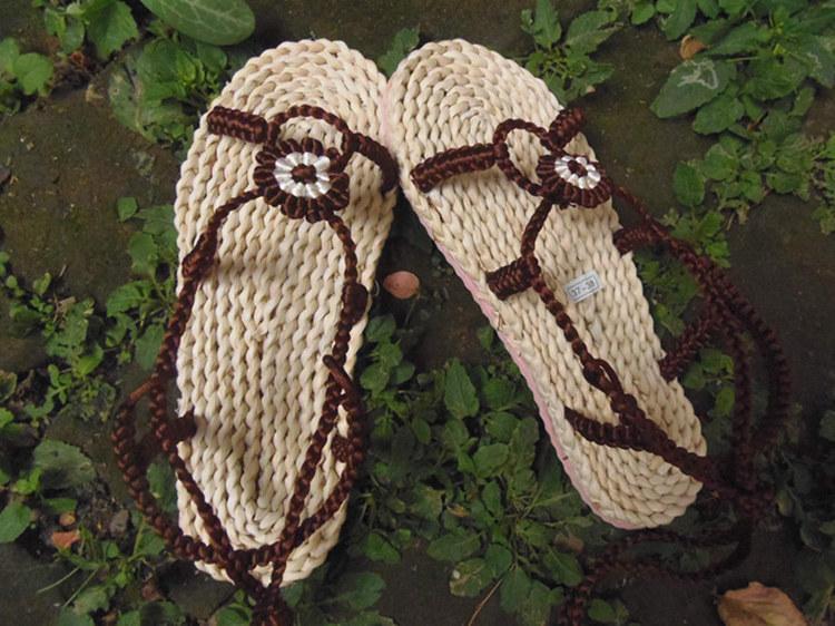 玉米皮编织凉鞋厂家