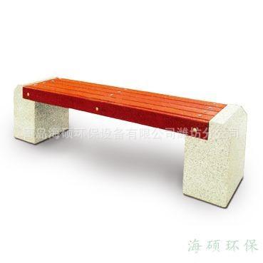 厂家供应青岛防腐木休闲椅子铸铁腿