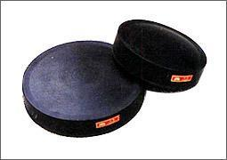 优质橡胶减震垫块/减震缓冲橡胶支座金鹏专业生产