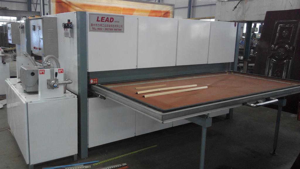 真空钢木门转印机