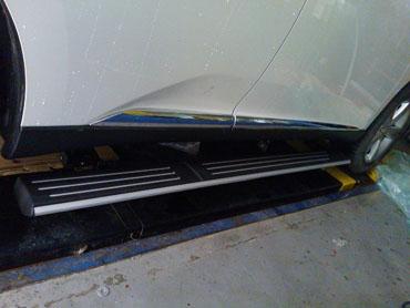 雷克萨斯rx270电动踏板 雷克萨斯电动踏板 高清图片