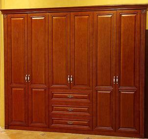 推拉式实木衣柜