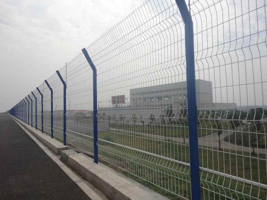 创翔高速公路护栏网,公路防护网报价