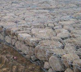 供应防腐坚固环保铅丝石笼网,厂家奔诚现货供应