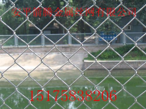 边坡防护勾花网/山区山体挂网/客土喷播勾花网最新报价信息