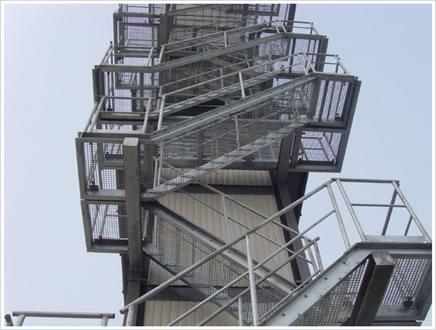 轮船平台钢格板 楼梯,钢梯,脚踏板钢格板价格厂家