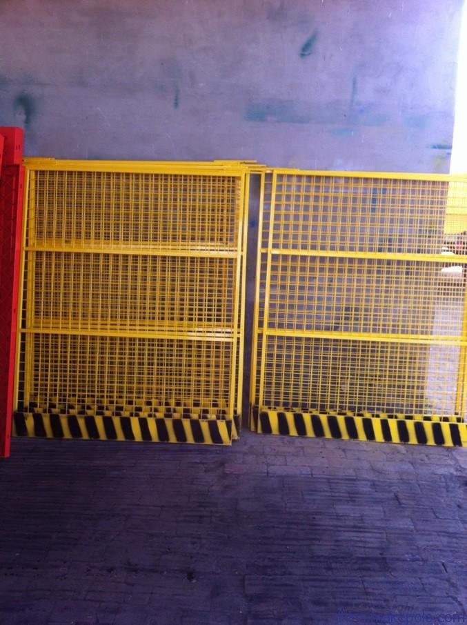 创翔电梯口防护网,电梯防护门