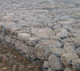 河北优质石笼网 格宾石笼网 六角石笼网 石笼网重量直销 优质低价