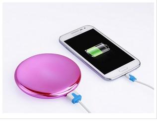 聚合物充电宝女士迷你化妆盒镜手机移动电源礼品