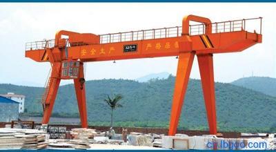专业供应箱体式门式起重机  MH型电动葫芦门式起重机 欢迎选购