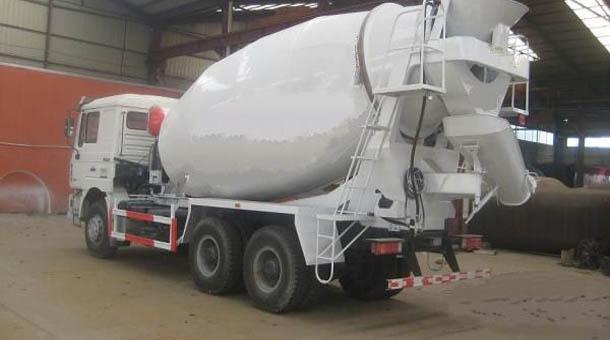 梁山半挂车厂家供应优质淘挂车7.2立方混凝土搅拌运输车