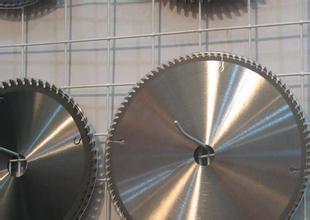 四川贵州重庆【除油粉】铝合金钢铁件表面怎么除油清洗?