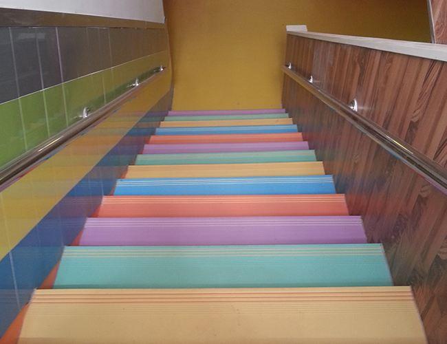 pvc商用地板-得艺地毯