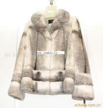 昆莎时尚冬装,今冬流行元素,冬天里的一把火