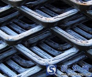 3mm厚孔径30×60mm钢板网
